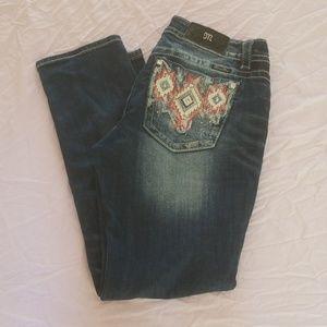 Women's Size 32 Miss Me Skinny Jeans